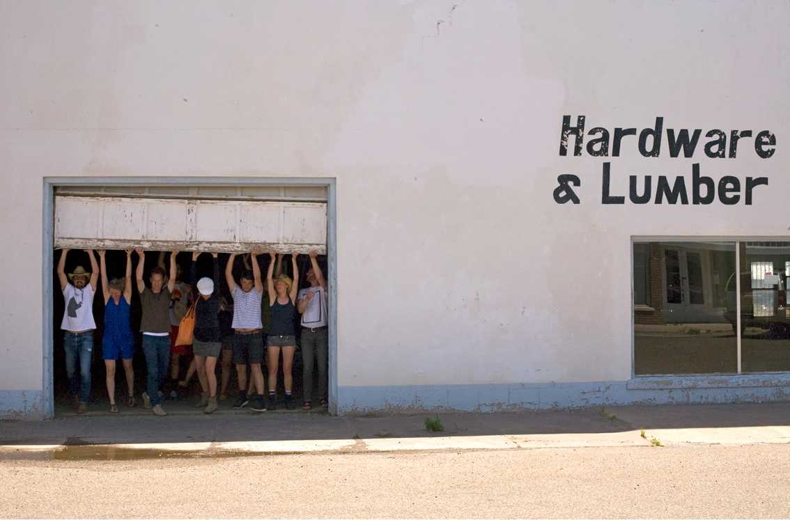 Hardware Store/ artists preparing final show Marfa Summerschool / photo: Paulien Oltheten