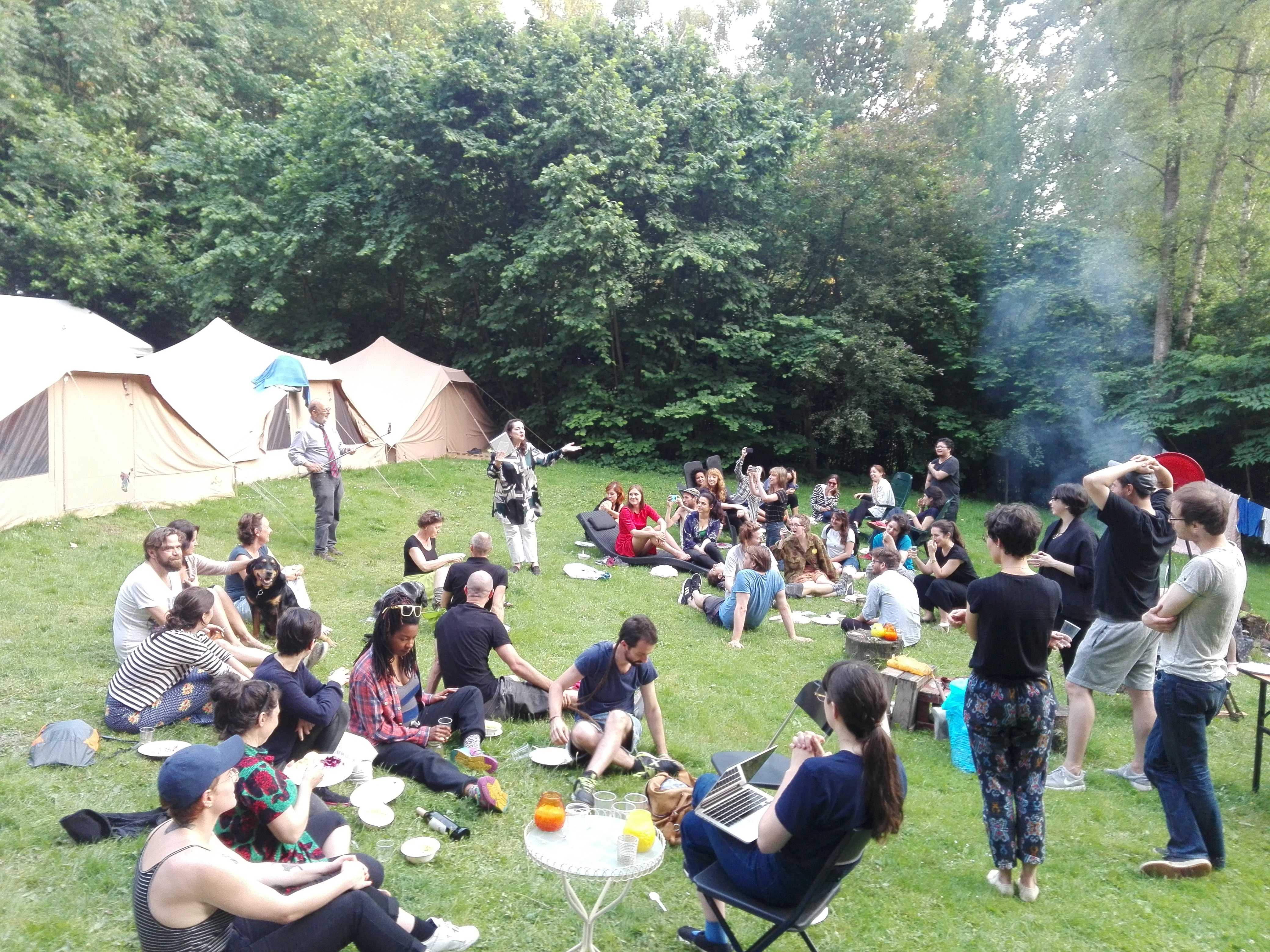 June 6: Roaming ON/OFF SONSBEEK'16. DAI-camp in the garden of Sonsbeek Park Ranger Jeroen Glissenaar. Enjoying outdoor diner & director's speech:) ( Photo credit: Despina Sevasti)