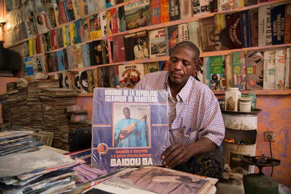 Saphire d'Or, the only record store in Nouakchott, Mauritania © Béchir Malum