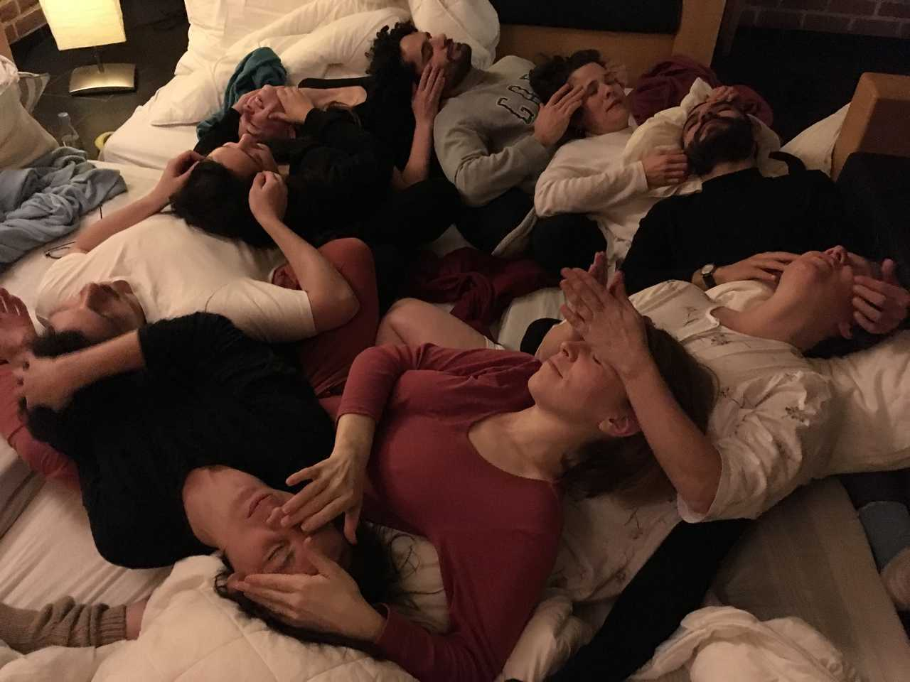 Facial massage and late night session of 'Sleeping with a Vengeance, Dreaming of a Life' a study group led by Maria Berríos, Tina Gverović and Ruth Noack,  @ Het Bovenste Bos in Epen, the Netherlands (photo credit: Leeron Tur-Kaspa, February 2018)
